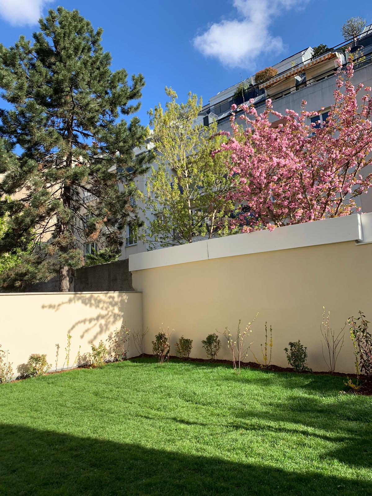 jardin minimaliste airbnb