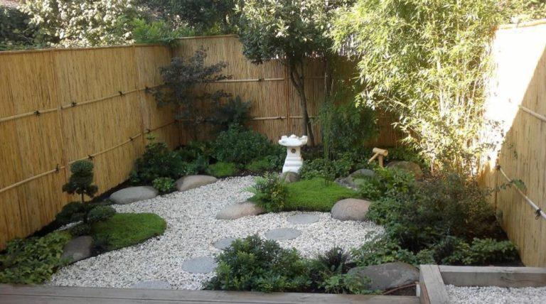 Jardin minimaliste dans un Airbnb